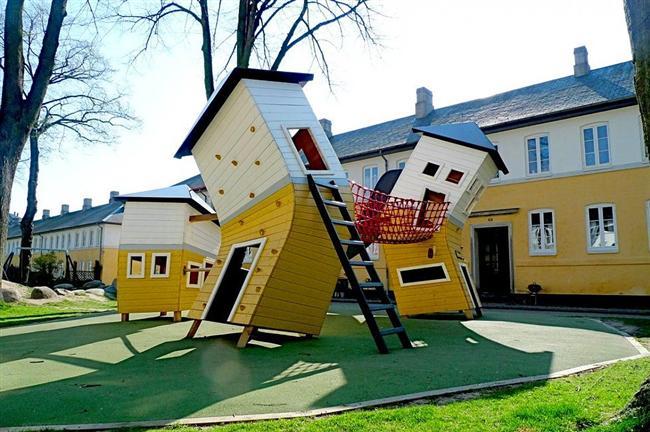 Bu da MONSTRUM'un Danimarka'nın Kopenhag kentinde oyun alanının etrafındaki evlerden esinlenerek ortaya koyduğu tasarımlardan biri.
