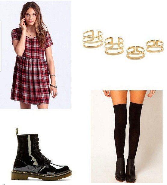 Takı ve ayakkabı kombini ile her türlü sade elbiseyi şık ve günlük konsepte uyarlayabilirsiz.