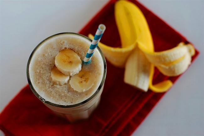 Eğer akşamdan kaldıysanız bir bardak muzlu milkshake için. Toparlanmanıza yardımcı olacaktır.