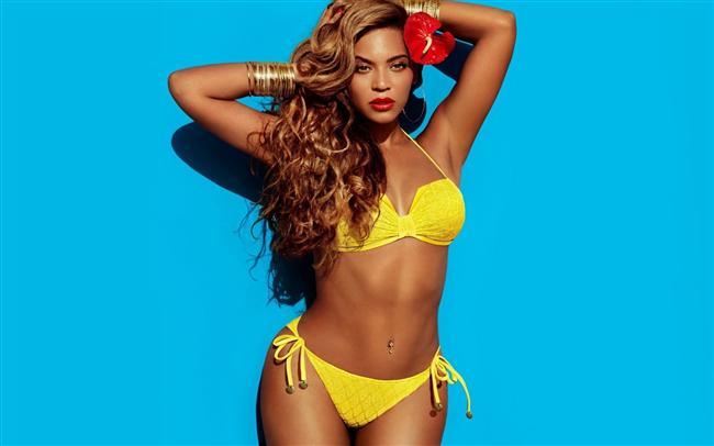 En seksi bikini vücudu:   Beyoncé