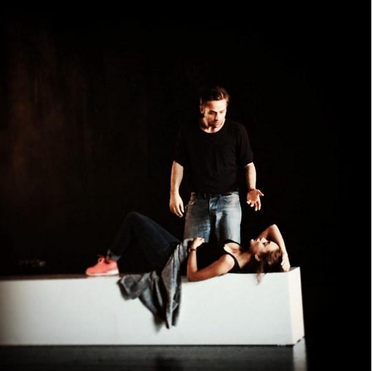 Damla Sönmez  #parçacıklar #nickpayne #constellations #prova #rehearsal #tiyatropürtelaş #nike #nikefree