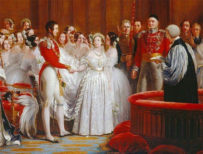 10. Kraliçe Victoria'nın düğününden önceki zamanlarda beyaz renk geleneksel yas rengiydi.