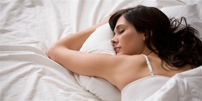 Seks ve uyku mutlaka olsun: Seks kan dolaşımını canlandırdığı gibi pek çok hastalığı da önleyebiliyor. Aynı şekilde düzenli uyku da sağlığınız için birebir. Uzmanlar 6-8 saatlik uyku süresinin genellikle yeterli olduğunu belirtiyorlar.