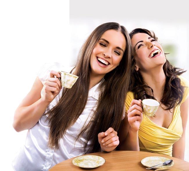 Sevdiklerinize zaman ayırın: Sosyal ilişkilerimiz sağlığımız üzerinde çok önemli bir rol üstleniyor. Ne kadar çok güvendiğiniz arkadaşınız varsa, uzun yaşama şansınız da o kadar yüksek.