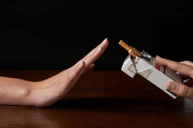 """Sigara içmeyin: Uzmanlara göre, """"Hiçbir şey, sigaradan kaçınmanız kadar sağlığınız üzerinde olumlu etki yaratamaz""""."""