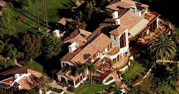 STEVEN SPIELBERG'ın Pasifik Palisades de bulunan evi 21.000.000$ dır.