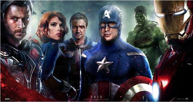 """Yenilmezler / The Avengers (2012)  Hasılat: $1,429,417,286  IMDb: 8.1  Özet: SHIELD adıyla tanınan uluslararası barış örgütünün başındaki isim Nick Fury, tüm dünyanın güvenliğine karşı büyük bir tehdit oluşturan düşmanla karşı karşıya kalır. Fury, dünyayı yaklaşan bu felaketten kurtarmak için en cesur ve en 'süper' kahramanlardan oluşan bir ekip kurmak zorundadır... İlki 1963'te yayınlanan ve o günden sonra çizgi roman fanatiklerinin mabedi haline gelen Marvel'ın en sevilen serilerinden olan """"The Avengers""""ın sinema uyarlaması olan yapımda baş rolleri de efsanevi bir kadro paylaşıyor."""