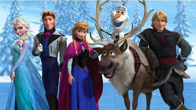 Karlar Ülkesi / Frozen (2013)  Hasılat: $1,196,327,561  IMDb: 7.6  Özet: Krallık, Karlar Kraliçesi (Snow Queen)'nin laneti sonrasında ebediyen sürecek bir kış mevsimine mahkum edilmiştir. Bu krallıkta yaşamakta olan maceracı ve iyi kalpli Anna, Karlar Kraliçesi'ni bulup laneti sona erdirmesini sağlayarak, şehrinde yaşayan insanları eski güzel günlerine döndürmeye karar verir. Masalsı bir yolculuğu çıkan Anna'nın yol arkadaşı ise usta bir dağcı olan Kristoff'tur. Başarıya ulaşmaları için Karlar Kraliçesi'ni görüp tanıyabilmeleri gerekmektedir. Görünürde basit olan bu plan, izbe dağdaki yolculuk ilerledikçe zorlaşmaya başlar. Mitolojik yaratıklar ve ürkütücü büyüler eşliğinde süren yolculuğun her dönemecinde ayrı bir tehlike ortaya çıkar. Yolculuğun asıl zor yanı ise zamanla yarışıyor oldukları gerçeğidir.
