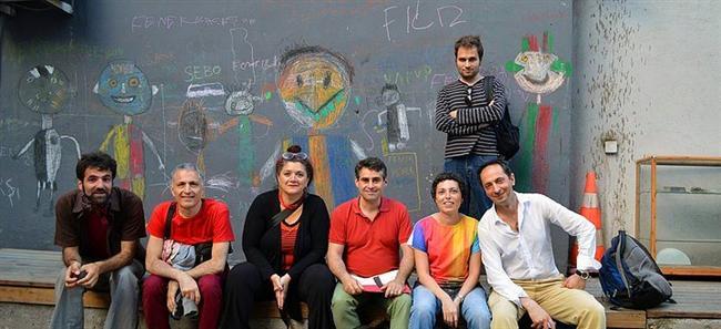 TORUNLAR - Aidiyetin Yeni Coğrafyaları - DEPO  1 Kasım 2015'e kadar devam edecek sergi, aidiyetin yeni coğrafyaları sergisi, Ermeni ulus aşırı toplumunda kişisel ve ortak bağlantılara, diaspora kimliklerini güçlendiren ve besleyen mekanizmalara ve bunların temsil şekillerine daha yakından bakmayı amaçlıyor.  Adres: Lüleci Hendek Cad. No:12 Tophane/Beyoğlu İstanbul