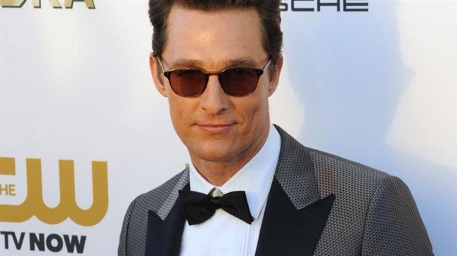 Matthew McConaughey de Madame Blue adında bir hayaleti olduğunu ileri sürdü. Aktör hayaletinin kötü değil son derece dostane oluduğunu da sözlerine ekledi.