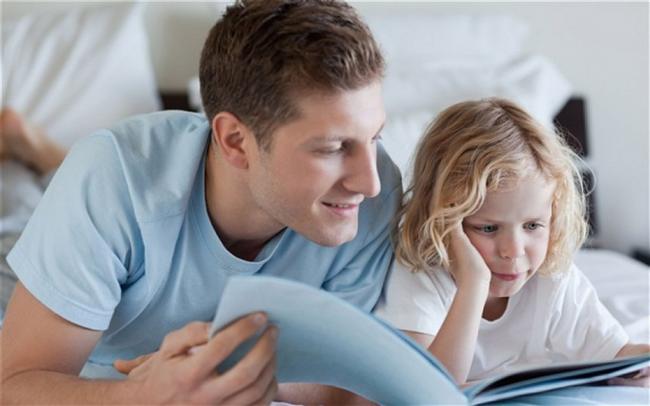Balık (20 Şubat-20 Mart)  Hayalci ve masalcı bir baba çocukların hoşuna gidecektir. Üstelik bu baba oyun oynamayı da çok seviyor. Sakin ve paylaşmayı bilen yapısı onu çocuklar için her şeyden önce iyi bir arkadaş kılacaktır. Anneleri cezalandırmaya hazırlanırken o çocukların dertlerini dinleyip çözüm bulmaya hazırlanacaktır. Gezmeler, kültürel faaliyetler, spor eğlenmek için ne varsa çocukları ile birlikte denemekten kaçmayacaktır.