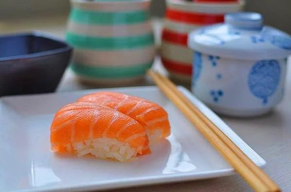 Yağlı balık   Hastayken pek tercih edilmemeli fakat yağlı balıklar, Omega 3 yönünden fazlasıyla zengindir.
