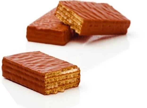 Çikolatalı Gofret  Küçüğünden büyüğüne uzak durmanız gereken son yiyecek ise, çikolatalı gofretler. Unutmayın, altını çizerek bir kez daha yazıyoruz; sadece bitter çikolata tüketebilirsiniz. Onu da abartmadan, belirli miktarda tabi ki :)