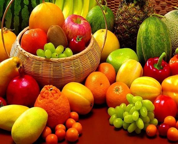 Meyve  Diyetiniz sırasında yine ara öğünlerinizde mutlaka meyve tüketmelisiniz. Vücudunuz için gerekli olan şekeri meyvelerden sağlıklı bir şekilde alabilirsiniz. Özellikle muzu diyet listenizde bulundurmanızı tavsiye ederiz.