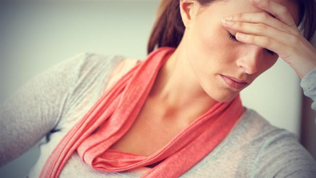 Çoğu zaman nedensizce günümüzü mahveden baş ağrısını geçirmek için hemen ilaçlara başvurmayın! Doğal yöntemler uygulayarak da geçirebileceğiniz baş ağrısı için ilaç kullanmak vücudunuza sandığınızdan daha çok zarar veriyor.  İşte size uygulayabileceğiniz doğal yöntemler...