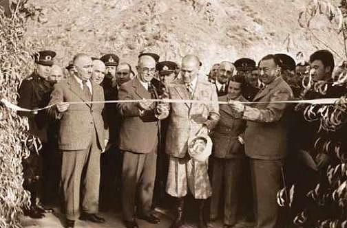 Singeç Köprüsü'nün açılışı - Pertek / Tunceli - 17 Kasım 1937