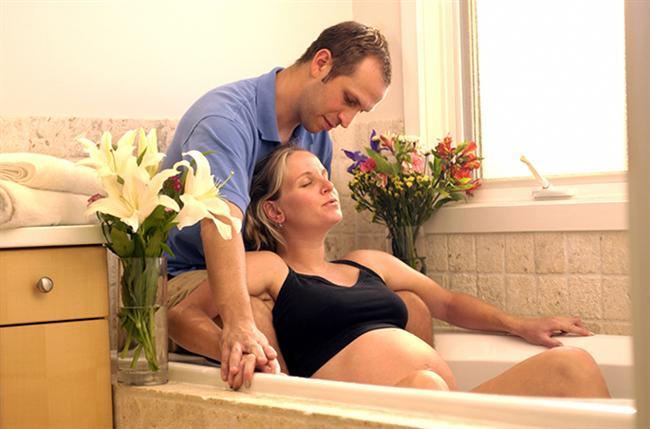 Doğum esnasında da orgazm olabilirsiniz.  Garip ama gerçek: Çocuk doğurmak aniden bir orgazm başlatabilir. Ama bu durum, olayı sadece garip bir doğum odasına doğru götürmekten ziyade bir şeye yaramayabilir :D