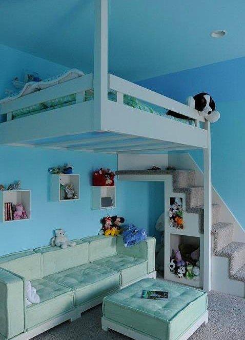 10. Al bak çocuğun odasını tıka basa doldurmadan her şeye nasıl da yer açmış aynştayn!