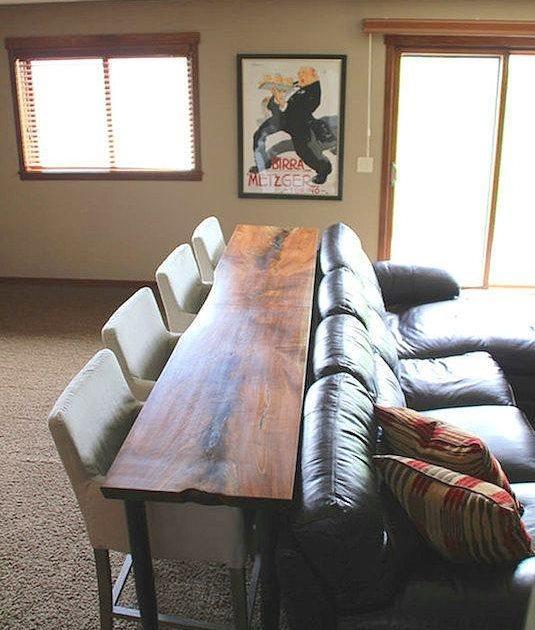 24. Bir koltuk arkası bile yeterlidir yemek odası için, niyetin varsa elbette.