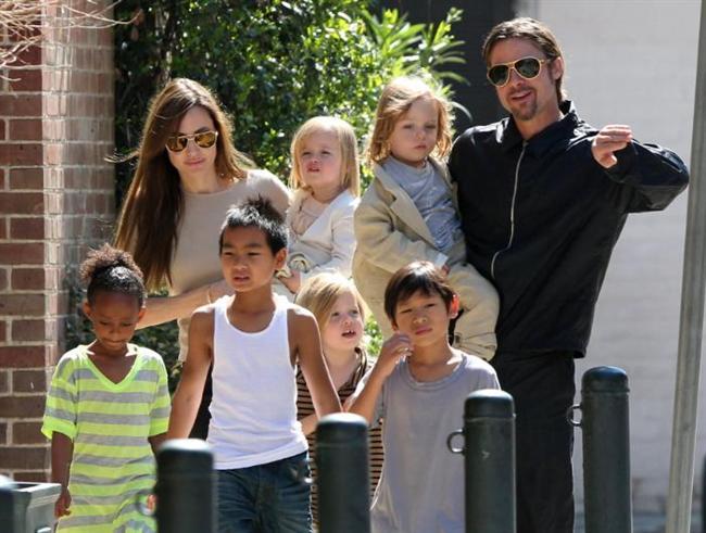 Şimdi ise tam altı çocuk babası.