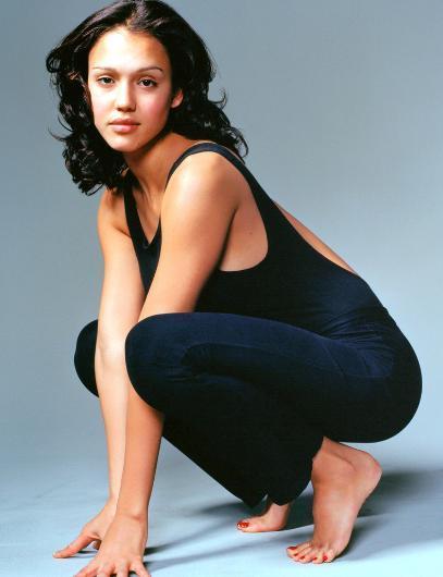 JESSICA ALBA  Jessica Alba da 90'ların genç ekran yüzlerindendi.