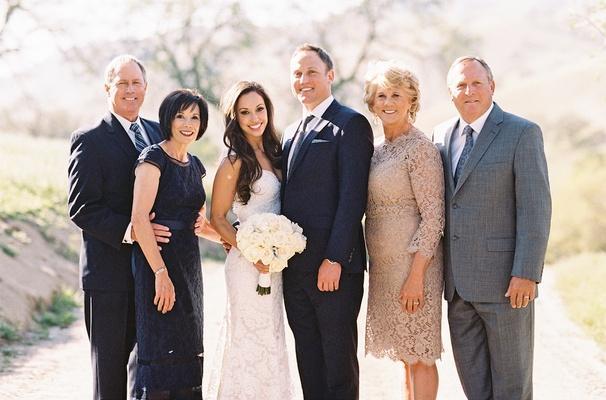 """""""Evlenirken sadece o kişiyle değil ailesiyle de evlenirsin"""" diye bir sözümüz vardır. Bu, size yanlış şeyler düşündürtebilir."""