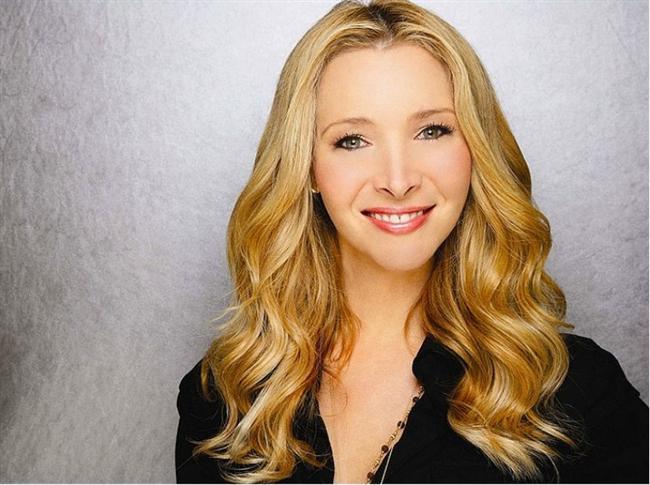 Lisa Kudrow  'Friends' dizisinde canlandırdığı karakteri hatırlayanlar belki biraz şaşırabilir ama Lisa Kudrow, Michael Stern ile evleninceye kadar, beklemeyi uygun görmüş. Bu arada Kudrow'un 31 yaşında evlendiğini de söyleyelim...