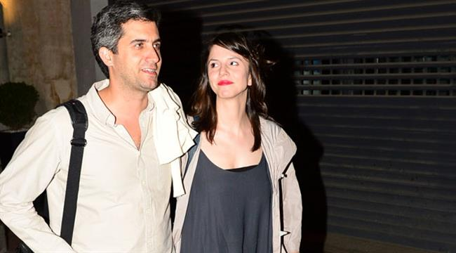 Mehmet Ali Alabora ise bu büyük aşktan sonra Pınar Öğün ile evlendi ve mutlu evlilikleri devam ediyor.
