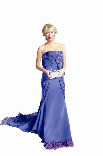 Gülse Birsel, Arzu Kaprol tasarımlı bir elbise tercih etti.