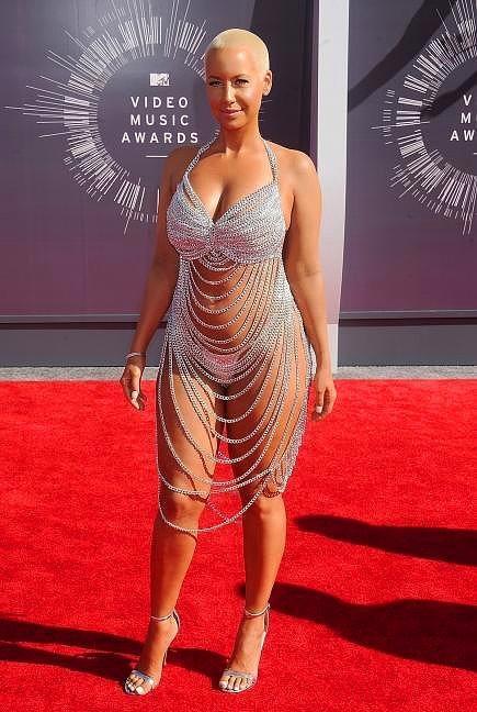 Amber Rose  Wiz Khalifa'nın eski eşi ünlü model, bu kostüm için tabii ki MTV ödüllerini tercih etmişti.