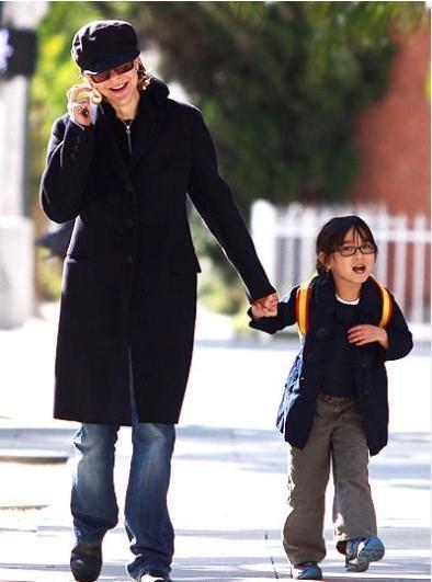 Ryan, boşandıktan sonra da Daisy adını verdiği Çinli bir kız çocuğunu evlat edindi..