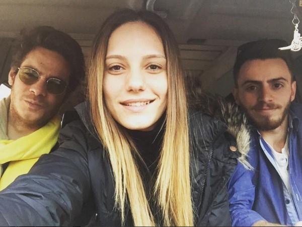 Nilay Deniz  İstanbul sokaklarında GTA oynuyoruz. Biri bizi Erenköy'den kurtarsın. (Helikopter şifresi neydi?)