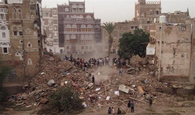 Eski San'a Şehri, Yemen  1986 yılında Unesco tarafından Dünya Kültür Mirası listesine alınan şehir Işid tarafından tahrip edildi. Sorumlusu belirlenemeyen hava saldırılarına da uğrayan San'a eski otantik mimari yapısını kaybetmeye devam ediyor.