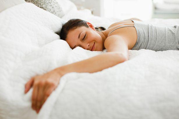 Hatta sadece uyuyabilirsiniz; tüm yatak sizindir.