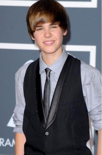 Justin Bieber, ilk albümünü çıkardığı 2010 yılında yani daha 5 yıl önce böyle küçük bir çocukmuş.
