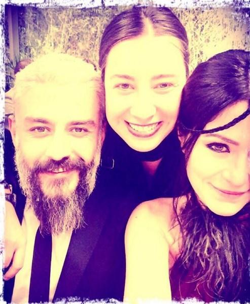 Deniz Çakır  Kardeş olmak....enn sevmek..15 yıldır hep ve çok sevmek..Ve bugün @egitimgonulluleri sadece uzaktaki kardeşleri değil... Yakındaki kardeşleri de birleştirdi... @sanemisler @kanbolatgorkem