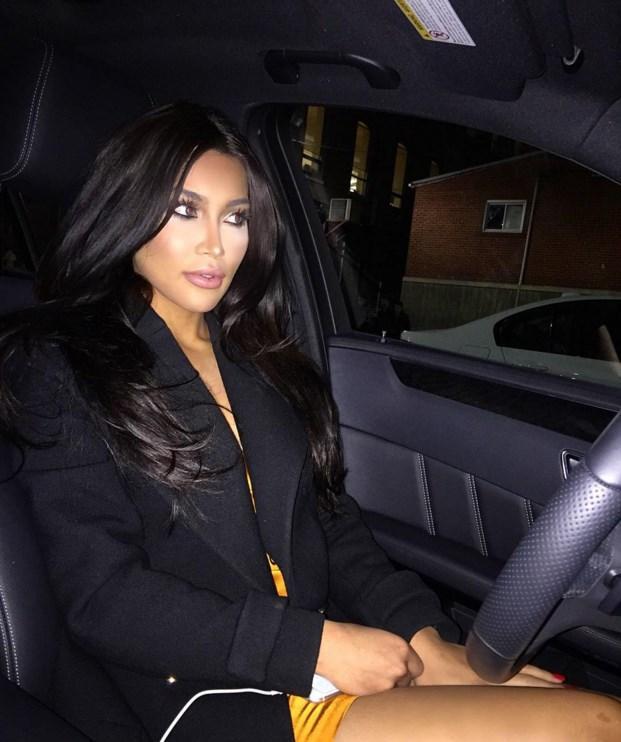 Sosyal medyada büyük yankı uyandıran Osman, People dergisine verdiği röportajda bilinçli olarak Kardashian'a benzemeye çalışmadığını ancak onunla birçok ortak noktası olduğunu söyledi.