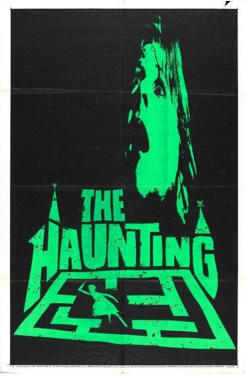 The Haunting / Perili Ev (1963)  Dr. Markway, Hill House isimli malikanede hayaletlerin varlığına dair çeşitli araştırmalar ve deneyler yapmaktadır. Rivayetlere göre bu malikane birçok ölüm ve şiddet olaylarına sahne olmuştur. Bir grup insan üzerinde psikolojik gözlemler yapmak için, uykusuzluk sorunlarını bahane ederek 3 kişiyi malikaneye çağırır.  Hayaletlerin varlığına şüpheci yaklaşan Luke, gizemli Tehodora ve güvensiz, çekingen Eleanor malikaneye geldiklerinde neyle karşılaşacaklarından habersizdirler. Çok geçmeden evin geçmişi gün yüzüne çıkacak, lanetli bu yerde kapana kısıldıklarını anlamaları çok uzun sürmeyecektir.   Robert Wise'ın Shirley Jackson'ın The Haunting of Hill House isimli romanından uyarladığı Perili Ev, yeniden çevrimi de yapılan en iyi hayalet filmlerinden biri olarak kabul ediliyor.