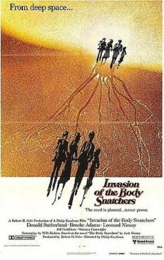 Invasion of the Body Snatchers (1978)  Araştırmacı Elizabeth Driscoll, son zamanlarda gökyüzünden yağmakta olan çiçek sporlarından birini alıp incelemek üzerine evine getirir. Kısa bir süre sonra erkek arkadaşı Geoffrey'in bir anda tuhaflaşmasına ve mesafeli tavırlarına tanık olur. Bu değişimin ciddiyetinin boyutlarını keşfetmekte olan kadın iş arkadaşı Matthew Bannel'a gider ve birlikte durumu araştırmaya başlarlar. Ortaya çıkan sonuç ise ürkütücü olur. Gökyüzünden yağan sporlar, uzaydan gelmekte olan bir istilacı bitki türünün örnekleridir. Şehri kurtarmak ise Elizabeth ve arkadaşlarına düşmüştür.  1956 tarihli klasiğin bu tekrar çevrimi, oyuncu kadrosunda Donald Sutherland ve Jeff Goldblum gibi önemli isimleri barındırıyor.
