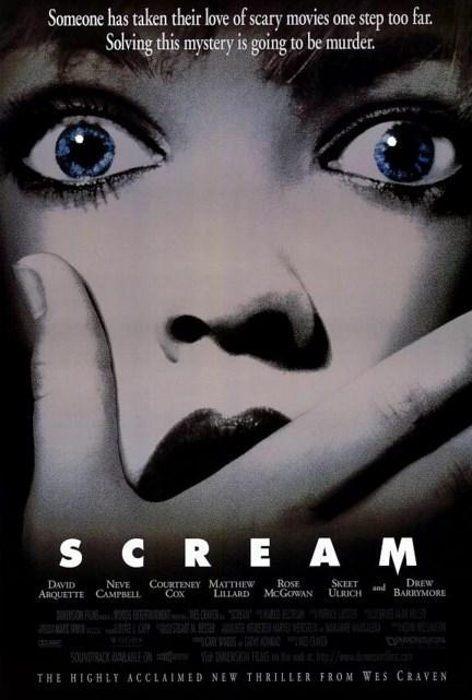 Scream / Çığlık (1996)  Bir lise öğrencisi olan Casey tuhaf bir telefon alır. Telefonun öteki ucundaki sesi tanımamaktadır. Bir süre sonra yaşanan bir cinayet üzerine polis ve medya olayın üzerine gitmeye başlar. 'Hayalet surat' adı verilen bir katil, çevresinde gördüğü gençleri birer birer öldürmektedir. Korku filmlerinin belli klişelerle örüldüğünü düşünen bir grup genç ise, naklen yaşadıkları bir korku filminin içerisinde hayatta kalmaya çalışacaktır. Katille bir kedi-fare oyununa tutuşacaklardır. Wes Craven'ın kendi filmografisiyle ve korku türüyle inceden alay ettiği ancak buna müteakip korkutmayı da başardığı filminin başrollerinde Drew Barrymore, Roger Jackson ve Neve Campbell gibi oyuncuları görmek mümkün.