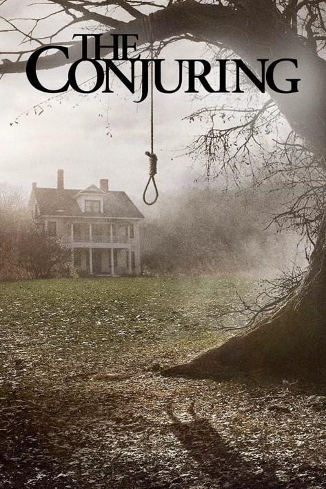 The Conjuring / Korku Seansı (2013)  Konusunu gerçek bir hikayeden alan Korku Seansı, doğaüstü olayları inceleyip aydınlatmaya çalışan dünyaca ünlü çift Ed ve Lorraine Warren'ın karşılaştıkları ürkütücü bir vakayı ele alır. Ed ve Lorraine Warren bir gün Perron ailesinden bir telefon aldıklarında hayatlarının en korkutucu görevine atıldıklarının farkında değildir. Perron ailesinin gözlerden uzak çiftlik evi nedeni bilinmeyen karanlık bir varlık tarafından kuşatılmıştır ve bu nedenle de hayatları tam bir kabusa dönüşmüştür. Bu vakayı çözebileceklerine inanan deneyimli Warren çifti, ne kadar şeytani bir varlıkla karşı karşıya olduklarını çok geç fark edeceklerdir...  Filmin başrollerini Yetimhane filminden tanıdığımız Vera Farmiga ve Prometheus'un yıldızlarından Patrick Wilson paylaşıyor. Oyuncu kadrosunda Joey King, Ron Livingston ve Lili Taylor'ın da eşlik ettiği filmin yönetmeni ise ilk Testere filmine imza atan James Wan...