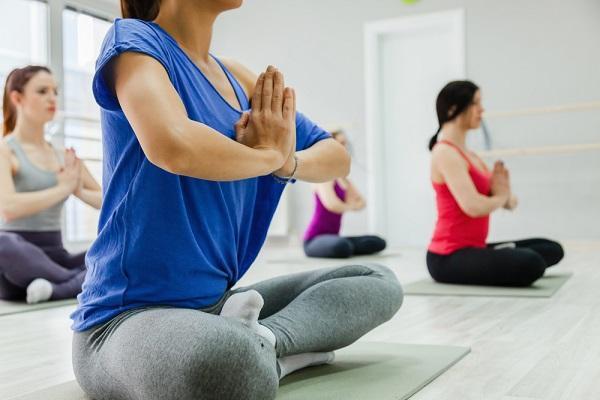 Eylül: Farklı egzersizler yapın!  Aylar boyunca aynı egzersizi yapmak hem sizin, hem de vücudunuz için sıkıcıdır. Benzer egzersizleri yaptıkça, kaslarınız da gelişmeyi kademeli olarak durduracaktır. Dolayısıyla, eylül ayı egzersiz programınızı değiştirmeniz için uygun bir dönem.