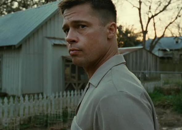 Mr. O'Brien (The Tree of Life & Hayat Ağacı)  1950'li yıllarda, Orta Batılı bir aileyi merkezine alan film ailenin en büyük oğlu Jack'in, çocukluk masumiyetinin kaybolmasından başlayarak buruk bir yetişkinlik evresine geçişini konu alıyor. Tam bu geçiş sürecinde de babası (Brad Pitt) ile yaşadığı çalkantılı baba-oğul ilişkisi, öykünün merkezine oturuyor. Jack'in olgunluk hali (Sean Penn) artık modern çağda yolunu yitirmiş bir bireydir. Kaderin varlığını ve çıkmazlarını sorgularken, diğer yandan yaşamın anlamını bulmaya çalışır...  Terrence Malick'in 2011 Cannes Film Festivali'nde eleştirmenleri ikiye bölen son filmi Hayat Ağacı, yönetmenin baştan aşağıya imzasını taşıyan bir yapıt. Başrollerde Brad Pitt, Sean Penn ve Jessica Chastain yer alırken, filmin teknik ekibi de özellikle göze çarpıyor.  4 kez Oscar adayı olan görüntü yönetmeni Emmanuel Lubezki, başka bir Brad Pitt filmi olan benjamin Button'ın Tuhaf Hikayesi'ndeki kostüm çalışmasıyla Oscar adaylığı olan Jacqueline West ve yaptığı film müzikleriyle 3 ayrı filmle (The Curious Case Of Benjamın Button, The Queen ve The King's Speech) Oscar adaylığı olan Alexandre Desplat yapım ekibinde göz çarpan isimler...