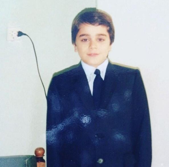 Kemal Doğulu  Bu ponçiği tanıdınız mııı? 😁☺️ (Kemal 11 yaşında)