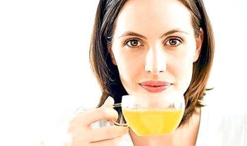 Yarım çay içen kadın dul kalır.