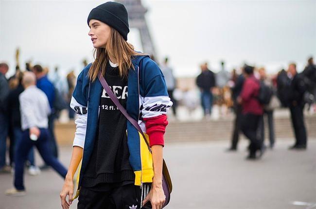 Şık Sweatshirtler  Geçtiğimiz yıllarda da moda olan sweatshirtler, bu yıl da şık kombinleri tamamlayacak.