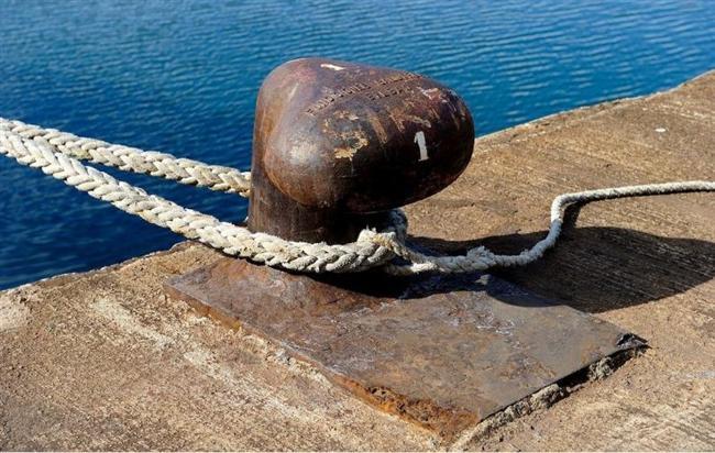 PALAMAR  Gemileri iskele, rıhtım veya şamandıraya bağlamaya yarayan kalın halat