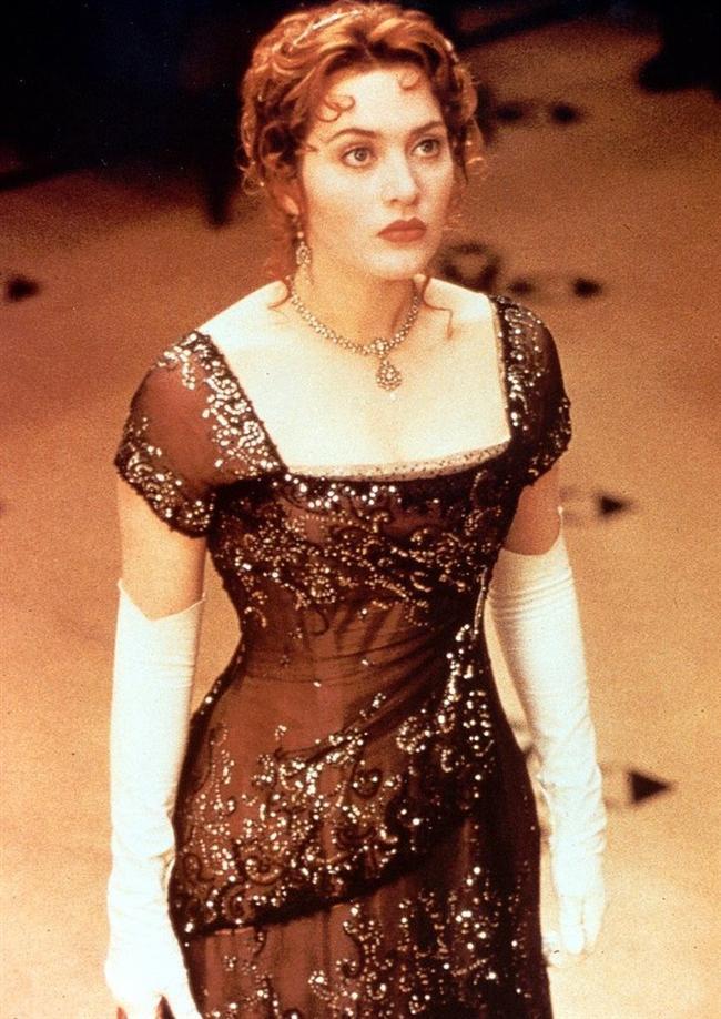 Titanik'te Rose ile özdeşleşen bu şahane elbise