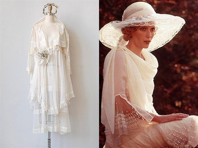 Mia Farrow'un 1974 yapımı Muhteşem Gatsby(The Great Gatsby) filminde giydiği beyaz elbise
