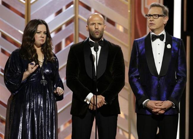 Oscar ve Grammy'den sonra üçüncü en çok izlenen tören Altın Küre ödül gecesi, Kaliforniya'nın Beverly Hills kentinde gerçekleştirildi. İngiliz komedyen Ricky Gervais'in sunduğu tören, yerel saatle 17.00'de başladı. Ünlü komedyen Gervais, daha önce 2010 ve 2011'de de Altın Küre gecesini sunmuştu.
